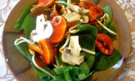 Spinach & Marinated Mushroom Salad